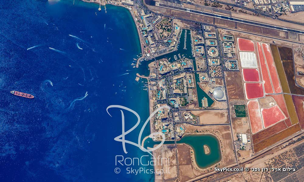 Israel SkyView by Ron Gafni