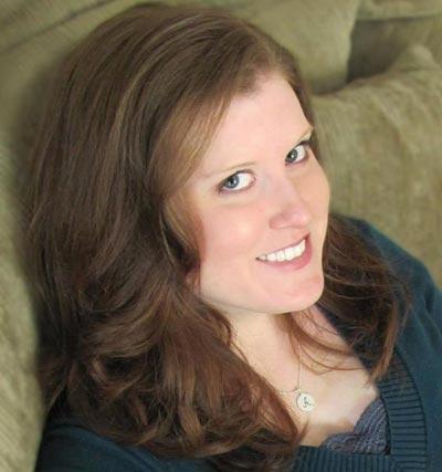 Anna Lee Huber
